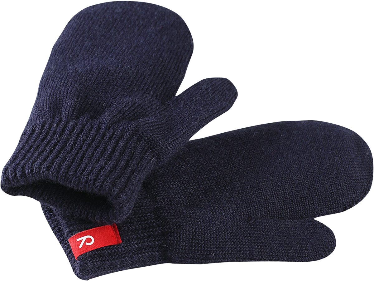 Варежки детские Reima Stig, цвет: темно-синий. 5272736980. Размер 35272736980Варежки Reima Stig выполнены из упругой шерстяной смесовой пряжи, которая дарит тепло и ощущение комфорта ранней осенью. Манжеты связаны резинкой и оформлены текстильным ярлычком с названием бренда. Варежки идеально подходят для носки под водонепроницаемыми рукавицами.