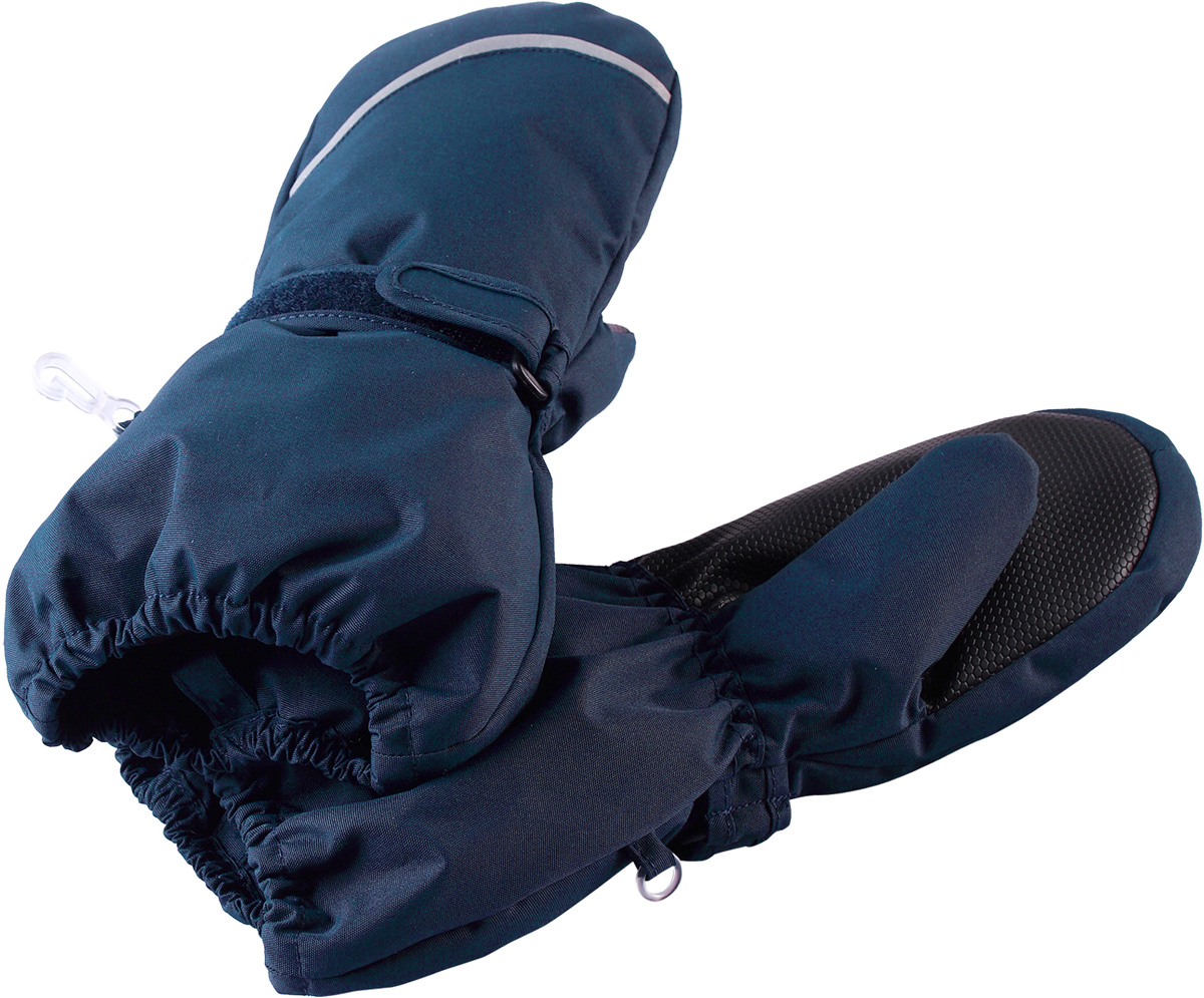 Варежки детские Reima Tomino, цвет: темно-синий. 5272926980. Размер 25272926980Очень теплые зимние варежки для малышей и детей постарше специально созданы для прогулок в морозный день. Легкий утеплитель и теплая полушерстяная ворсовая подкладка гарантируют тепло и комфорт на весь день. Усиления и специальное ребристое покрытие на ладони и большом пальце гарантируют крепкий захват и хорошее сцепление со скользкой поверхностью. Зимние варежки изготовлены из ветронепроницаемого, дышащего материала с верхним водо- и грязеотталкивающим слоем. Эти теплые варежки отлично подойдут для морозных и сухих зимних дней – они могут промокать, хоть и сшиты из водоотталкивающего материала.Высокая степень утепления.