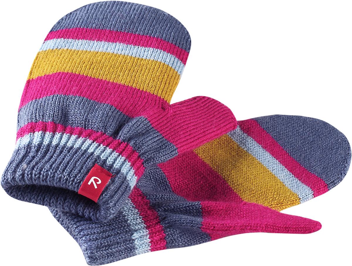 Варежки для девочки Reima Stig, цвет: розовый. 527273462A. Размер 5527273462AВарежки для девочки Reima Stig выполнены из упругой шерстяной смесовой пряжи, которая дарит тепло и ощущение комфорта ранней осенью. Манжеты связаны резинкой и оформлены текстильным ярлычком с названием бренда. Варежки идеально подходят для носки под водонепроницаемыми рукавицами.