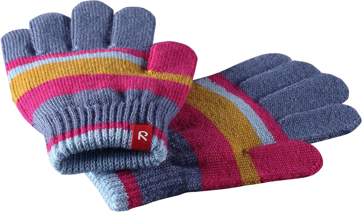 Перчатки детские Reima Twig, цвет: розовый, серый. 527274462A. Размер 7527274462AПерчатки для малышей и детей постарше выполнены из эластичной полушерсти, дарящей комфорт в прохладные дни ранней осенью. Они идеально подойдут для поддевания под водонепроницаемые варежки и перчатки. Изготовлены из трикотажа высокого качества и легко стираются в стиральной машине.Средняя степень утепления.