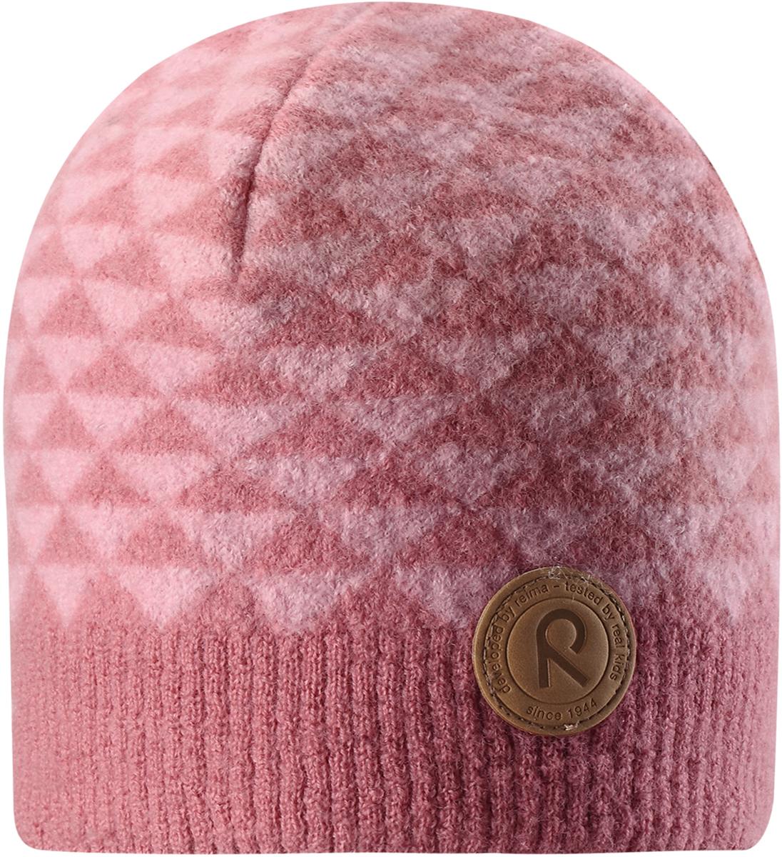 Шапка-бини для девочки Reima Kaamos, цвет: розовый. 5285574320. Размер 545285574320Детская шапка из теплого шерстяного трикотажа Reima станет отличным вариантом на зимние холода. Материал превосходно регулирует температуру и хорошо согревает голову. Трикотажная подкладка в рубчик из смеси хлопка и эластана гарантирует тепло, а ветронепроницаемые вставки защищают уши. Модель имеет декоративную структурную вязку.