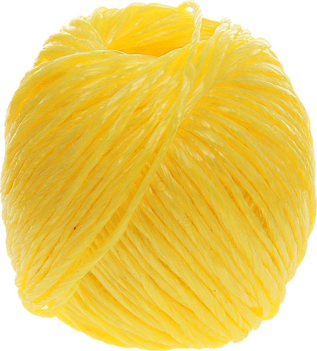 Шпагат полипропиленовый Банные Секреты, цвет: желтый, 60 м1124426Шпагат полипропиленовый Банные Секреты представляет собой изделие, которое используется для бытовых и технологических нужд в различных отраслях производства. В хозяйстве его используют для сушки белья, вместо верёвки, для упаковки вещей, при хранении овощей. Изделие обладает большой прочностью. Изготавливается из очень качественного сырья первичного производства путём скручивания. Он является достаточно тонким, но при этом выдерживает большое давление. Особенности: - устойчивость к разрывам и растяжениям; - устойчивость к температурным сдвигам; - большая влагостойкость; - хорошие теплоизоляционные свойства. Материал: полипропилен. Длина: 60 м. Вес: 60 г. Диаметр: 1,6 мм.