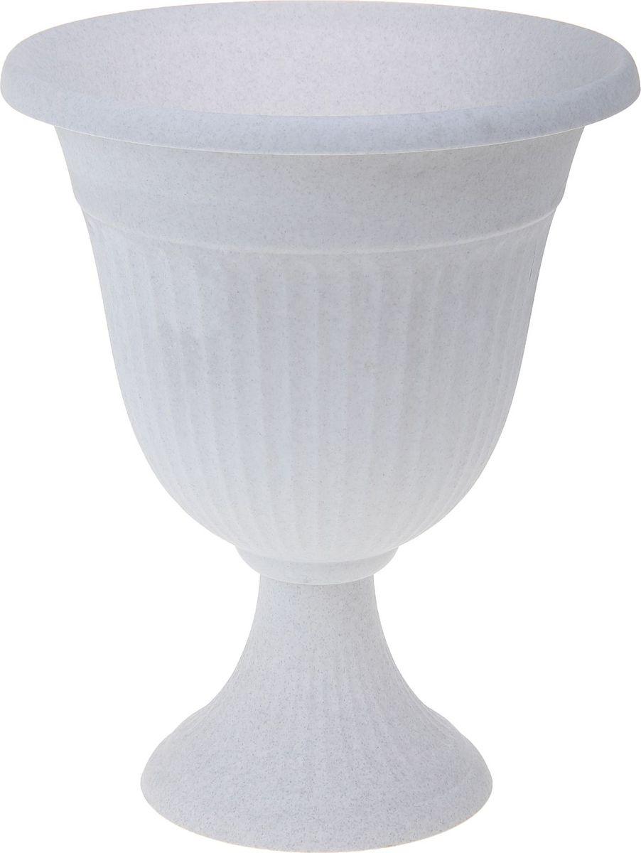Кашпо Idea Ливия, цвет: мрамор, 12,6 л1155746Любой, даже самый современный и продуманный интерьер будет не завершенным без растений. Они не только очищают воздух и насыщают его кислородом, но и заметно украшают окружающее пространство. Такому полезному члену семьи просто необходимо красивое и функциональное кашпо, оригинальный горшок или необычная ваза! Мы предлагаем - Кашпо-вазон 12,6 л Ливия d=35 см, цвет мраморный! Оптимальный выбор материала - это пластмасса! Почему мы так считаем? Малый вес. С легкостью переносите горшки и кашпо с места на место, ставьте их на столики или полки, подвешивайте под потолок, не беспокоясь о нагрузке. Простота ухода. Пластиковые изделия не нуждаются в специальных условиях хранения. Их легко чистить достаточно просто сполоснуть теплой водой. Никаких царапин. Пластиковые кашпо не царапают и не загрязняют поверхности, на которых стоят. Пластик дольше хранит влагу, а значит растение реже нуждается в поливе. Пластмасса не пропускает воздух корневой системе растения не грозят резкие перепады температур. Огромный выбор форм, декора и расцветок вы без труда подберете что-то, что идеально впишется в уже существующий интерьер. Соблюдая нехитрые правила ухода, вы можете заметно продлить срок службы горшков, вазонов и кашпо из пластика: всегда учитывайте размер кроны и корневой системы растения (при разрастании большое растение способно повредить маленький горшок) берегите изделие от воздействия прямых солнечных лучей, чтобы кашпо и горшки не выцветали держите кашпо и горшки из пластика подальше от нагревающихся поверхностей. Создавайте прекрасные цветочные композиции, выращивайте рассаду или необычные растения, а низкие цены позволят вам не ограничивать себя в выборе.