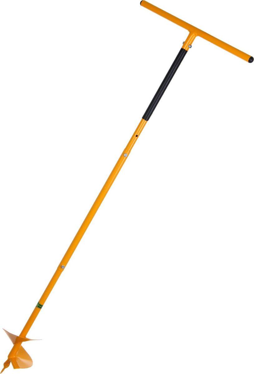 Бур садовый Торнадо Профи, цвет: оранжевый, диаметр 20 см, длина 1,32 м1429302Устаете от долгого выкапывания лунок неудобной лопатой? Не знаете, как удалить корни сорняков? Есть решение, которое облегчит ваш труд и сделает его гораздо эффективнее, — садовый бур «Торнадо»! С его помощью вы сможете быстро и качественно выполнить множество задач: подготовить лунки для посадки различных культур разрыхлить почву удалить глубокозалегающие корни. Пользоваться изделием просто: установите его перпендикулярно поверхности земли и вращайте ручку по часовой стрелке. Зубья из высокопрочной стали быстро входят в грунт, а работа практически не отнимает физических сил. Также вы с легкостью можете регулировать глубину бурения. Инструмент отличается улучшенными техническими параметрами: глубина бурения — до 150 см диаметр лунки — 20 см. Позаботьтесь о качественном садовом инвентаре, и отменные урожаи не заставят себя ждать!