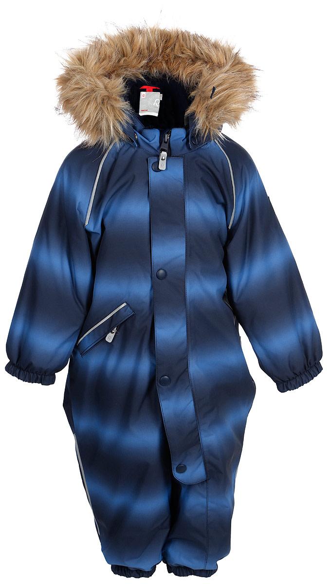 Комбинезон детский Reima Reimatec Lappi, цвет: синий. 510267F674. Размер 86510267F674Отличный зимний комбинезон для малышей от Reima! Все швы комбинезона проклеены, а сам он изготовлен из водо- и ветронепроницаемого, грязеотталкивающего материала. Утепленная задняя часть обеспечит дополнительную защиту от холода во время игр в снегу. Гладкая подкладка и длинная молния облегчают надевание, а талия в комбинезоне регулируется. Маленький карман на молнии надежно сохранит все сокровища. Средняя степень утепления.