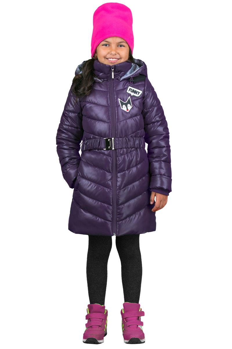 Пальто для девочки Boom!, цвет: сиреневый. 70324_BOG_вар.1. Размер 104, 3-4 года70324_BOG_вар.1Пальто для девочки Boom! cо съемным капюшоном и длинными рукавами выполнено из прочного полиэстера. Модель застегивается на застежку-молнию спереди. Объем капюшона регулируется при помощи шнурка-кулиски со стопперами. Изделие дополнено двумя втачными карманами. Рукава оснащены эластичной резинкой. Пальто дополнено эластичным поясом с металлической пряжкой. Нижняя часть спинки оформлена фирменной нашивкой. Изделие дополнено спереди аппликацией