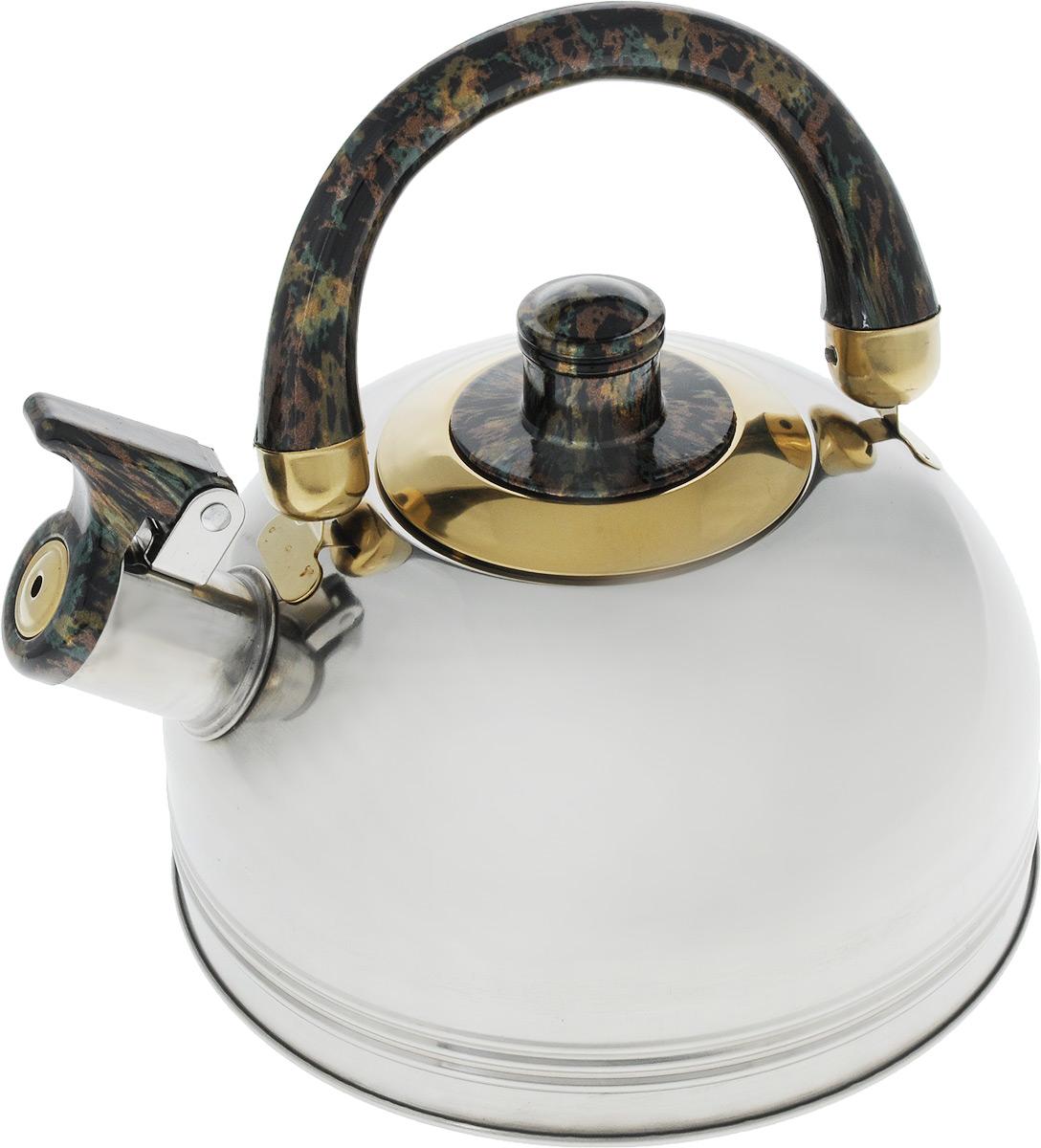 Чайник Wellberg, со свистком, цвет: черный, коричневый, 2 л. 127 WB127 WB_черный, коричневыйЧайник Wellberg Whistling выполнен из высококачественной нержавеющей стали, что делает его весьма гигиеничным и устойчивым к износу при длительном использовании. Носик чайника оснащен свистком, что позволит вам контролировать процесс подогрева или кипячения воды. Удобная подвижная ручка выполнена из пластика. Эстетичный и функциональный чайник будет оригинально смотреться в любом интерьере.Подходит для всех типов плит, включая индукционные. Можно мыть в посудомоечной машине. Высота чайника (с учетом ручки и крышки): 19,5 см.Высота чайника (без учета ручки и крышки): 10,5 см.Диаметр чайника (по верхнему краю): 8,5 см.Диаметр основания: 18,8 см.