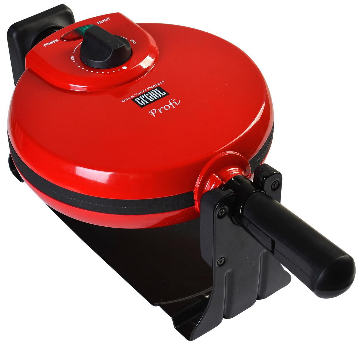 GFgril GF-020 Waffle Pro вафельницаGF-020 WAFFLE PROЭлектровафельницаИспользуя электровафельницу GF-020 Waffle Pro, можно легко и быстро приготовить какую-нибудь «вкусняшку» на завтрак или просто в нужный момент. Рабочая температура вафельницы настраивается вручную, с помощью специальной ручки на верхней крышке. Вам больше нравятся коричневые хрустящие корочки? А может быть светло-золотистые? Вафельница позволит реализовать любое ваше пожелание по части вафель в самый короткий срок. Оборудование оснащено встроенным таймером, благодаря чему вам не нужно неотрывно стоять над каждой порцией, а контрольная лампа просигнализирует, когда вафля будет готова.Особенности конструкции вафельницыGF-020 Waffle Pro работает с высоким уровнем мощности, из-за чего вафли пекутся практически мгновенно. Дополнительное удобство состоит также в том, что производителем предусмотрено по умолчанию разрезание готовой вафли на четыре равные части.Формы для выпечки, а также крышка оборудования изготовлены из прочным материалов. Они достаточно толстые, чтобы прогреваться равномерно и, следовательно, одинаково пропекать всю площадь вафли. Для корпуса использовали надежный и долговечный металл, который обладает повышенной стойкостью к внешним факторам. Как получить вафли равномерно тонкими?Данная модель вафельницы оснащена поворотным механизмом, поэтому вафли из сырого теста формируются равномерно, принимая красивую форму выпечки. Это, бесспорно, можно считать преимуществом, так как многие модели подобного оборудования такой функцией не обладают. Это работает весьма просто – после закладывания теста на жарочную поверхность необходимо закрыть крышку и перевернуть корпус на 180 градусов. В это время тесто растекается внутри пространства для жарки, формируя вафлю, одинаковую по толщине и равномерно пропитанную маслом.