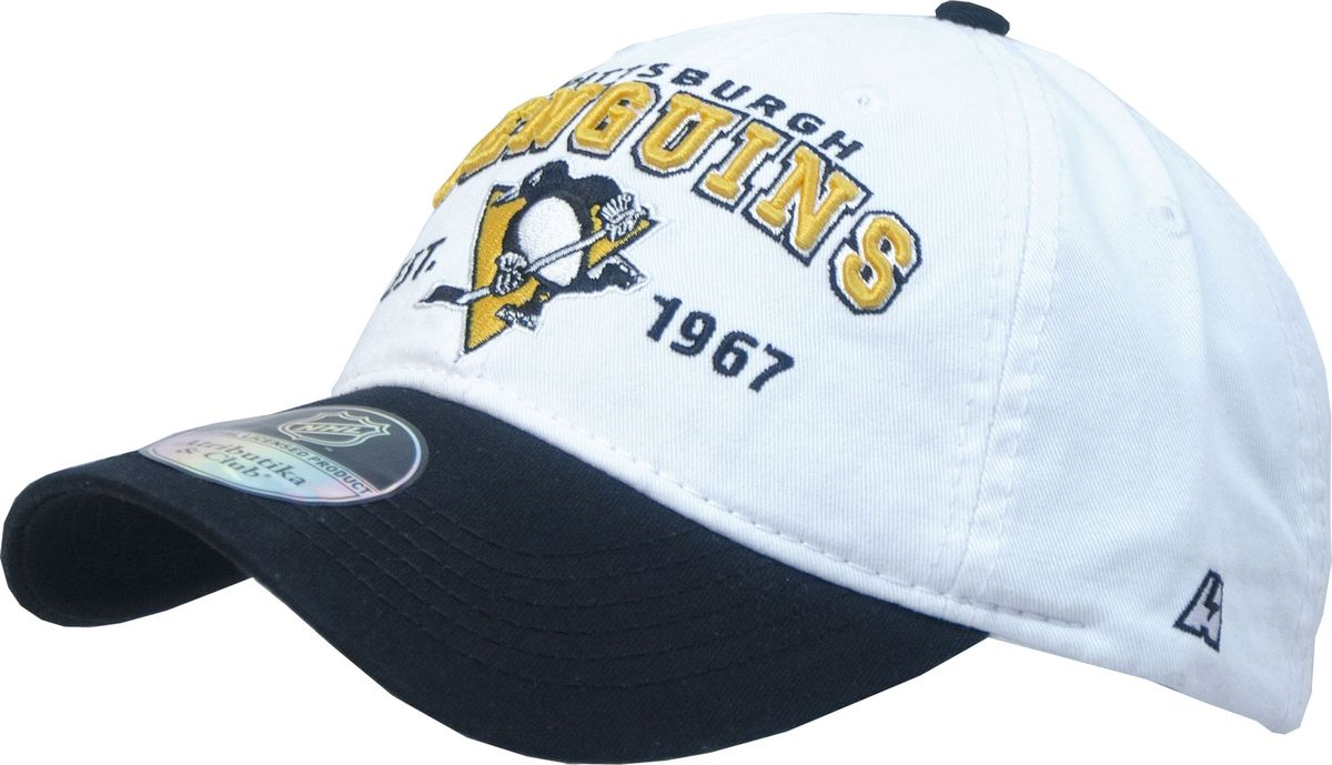 Бейсболка Atributika & Club Pittsburgh Penguins, цвет: белый, черный. 12810. Размер 55/5812810Бейсболка с логотипом ХК Pittsburgh Penguins выполнена из высококачественного материала. Модель дополнена широким твердым козырьком и оформлена объемной вышивкой. Бейсболка имеет перфорацию, обеспечивающую необходимую вентиляцию. Объем изделия регулируется фиксатором.