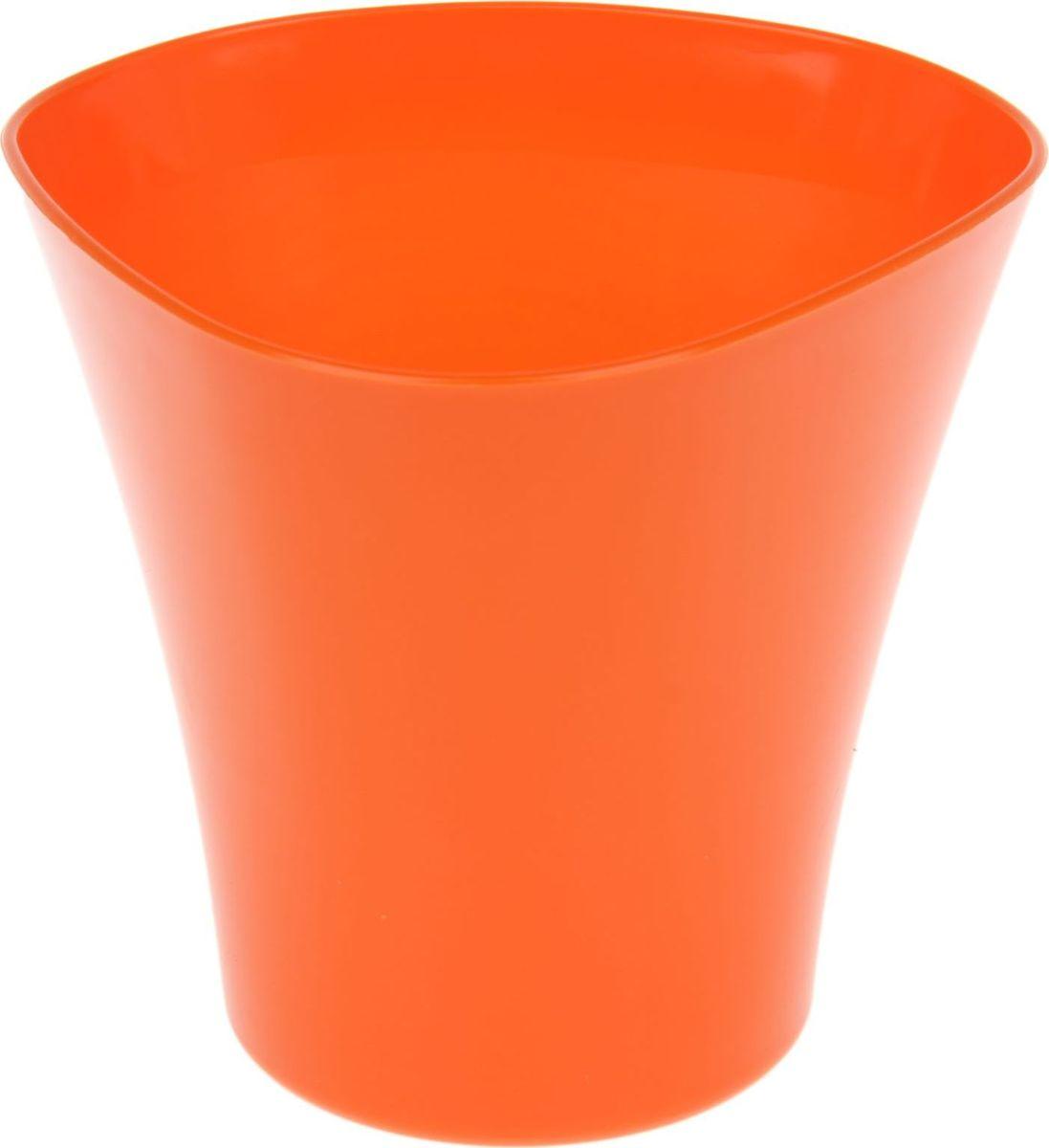 Кашпо JetPlast Волна, цвет: оранжевый, 3 л4612754050598Любой, даже самый современный и продуманный интерьер будет не завершенным без растений. Они не только очищают воздух и насыщают его кислородом, но и заметно украшают окружающее пространство. Такому полезному члену семьи просто необходимо красивое и функциональное кашпо, оригинальный горшок или необычная ваза! Мы предлагаем - Кашпо 3 л Волна, цвет оранжевый! Оптимальный выбор материала - это пластмасса! Почему мы так считаем? Малый вес. С легкостью переносите горшки и кашпо с места на место, ставьте их на столики или полки, подвешивайте под потолок, не беспокоясь о нагрузке. Простота ухода. Пластиковые изделия не нуждаются в специальных условиях хранения. Их легко чистить достаточно просто сполоснуть теплой водой. Никаких царапин. Пластиковые кашпо не царапают и не загрязняют поверхности, на которых стоят. Пластик дольше хранит влагу, а значит растение реже нуждается в поливе. Пластмасса не пропускает воздух корневой системе растения не грозят резкие перепады температур. Огромный выбор форм, декора и расцветок вы без труда подберете что-то, что идеально впишется в уже существующий интерьер. Соблюдая нехитрые правила ухода, вы можете заметно продлить срок службы горшков, вазонов и кашпо из пластика: всегда учитывайте размер кроны и корневой системы растения (при разрастании большое растение способно повредить маленький горшок) берегите изделие от воздействия прямых солнечных лучей, чтобы кашпо и горшки не выцветали держите кашпо и горшки из пластика подальше от нагревающихся поверхностей. Создавайте прекрасные цветочные композиции, выращивайте рассаду или необычные растения, а низкие цены позволят вам не ограничивать себя в выборе.