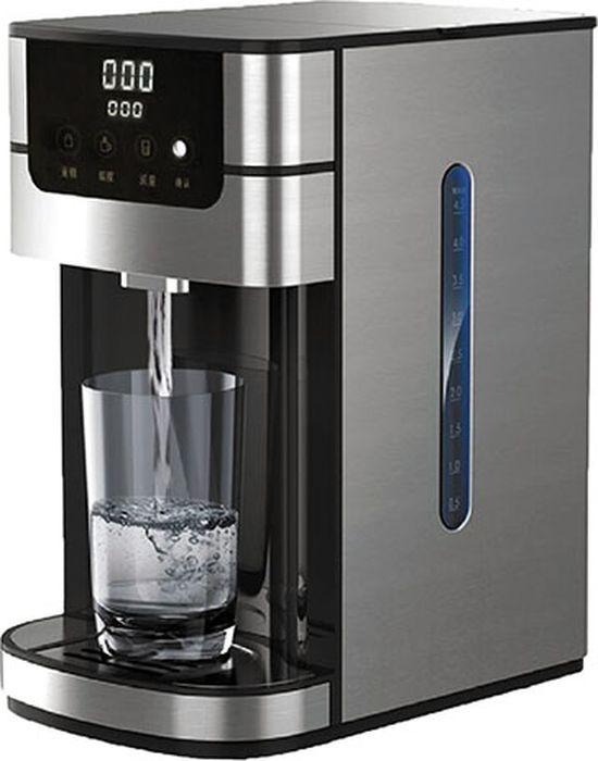 Gemlux GL-WBD-4Q, Silver кипятильникGL-WBD-4QЭлектрический кипятильник Gemlux GL-WBD-4Q принадлежит к бытовой технике нового поколения. Электронное сенсорное управление с ЖК-дисплеем позволяет программировать как объем, так и температуру подогрева воды. Благодаря мощному ТЭНу вода закипает практически мгновенно. Большое мерное стекло, подсветка разливного носика и защита от сухого включения обеспечивают удобство и безопасность в эксплуатации. Корпус кипятильника изготовлен из нержавеющей стали и имеет стильный современный дизайн.Особенности:Температура нагрева 55-100 °СРозлив заданного объема воды при выбранной температуре через несколько секундПрограммируемый объем и температура водыАвтоматическая защита от сухого нагреваСъемный каплесборник для удобства очисткиСенсорное управлениеЖК-дисплейЗащитная блокировка панели управления.Объем: 4 литра.