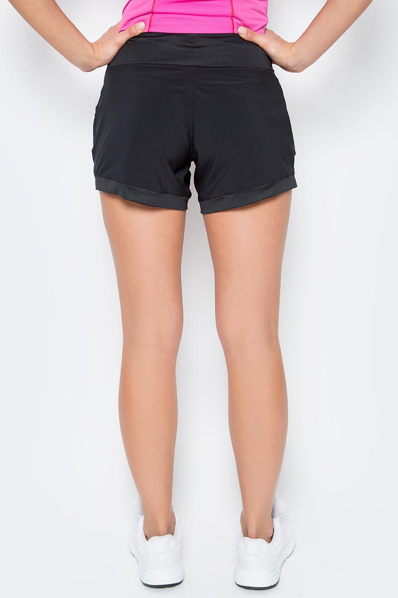 Женские шорты Salomon изготовлены из полиэстера с добавлением эластана и дополнены двумя карманами. Почувствуйте кожей свежий ветер. Шорты Elevate Flow Short ощущаются, как мягкое касание воздуха. Они дарят вам абсолютную свободу.