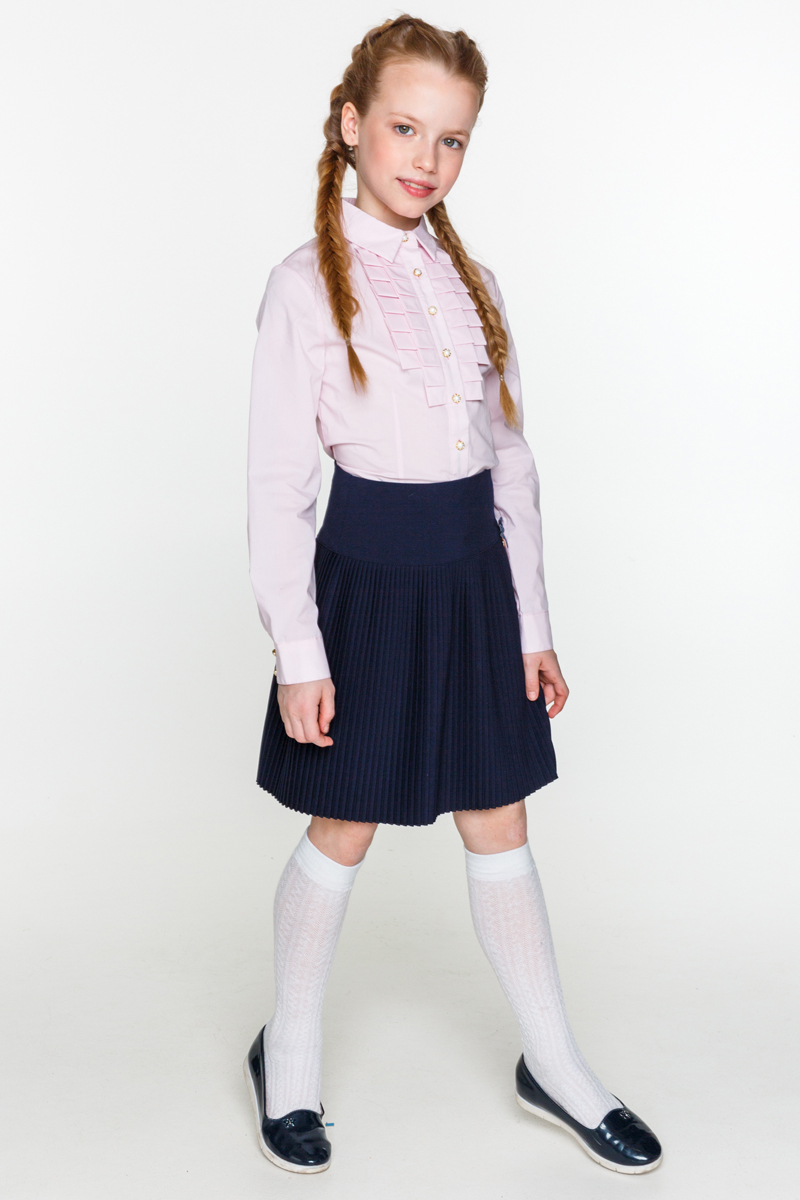 Блузка для девочки Acoola Kappa, цвет: светло-розовый. 20240260020_3400. Размер 13420240260020_3400Классическая блузка для девочки Acoola Kappa выполнена из хлопкового поплина, декорированная складками вдоль планки. Модель приталенного силуэта с классическим отложным воротником, длинными рукавами с манжетами на пуговицах и застежкой на пуговицы спереди.