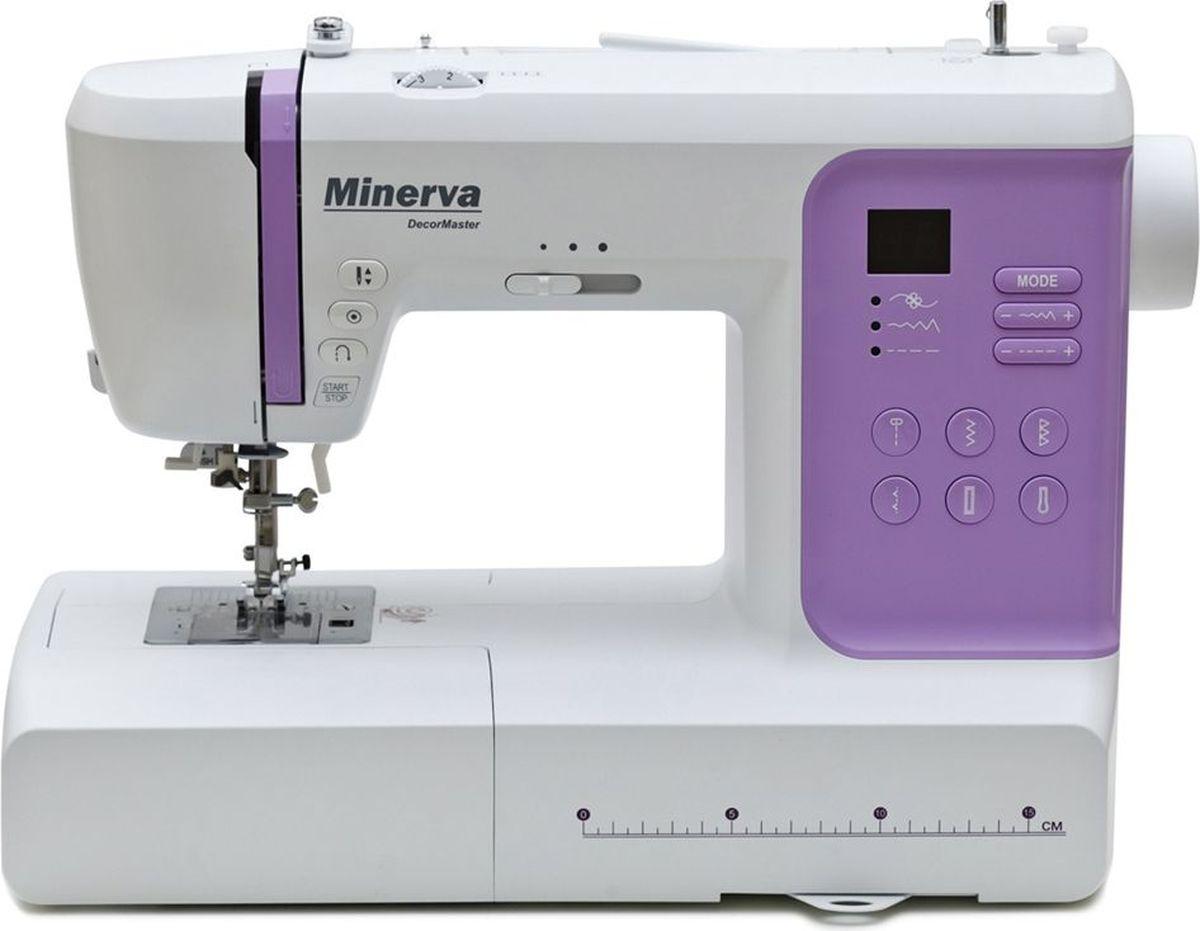 Minerva DecorMaster швейная машинаM-DM80Minerva DecorMaster - это швейная машина с компьютерным управлением, благодаря чему в ее арсенале имеетсяоколо 80 швейных операций. Кроме основных строчек имеется множество декоративных, подшивочных, оверлочных,потайная подшивка низа и другие.Большое количество декоративных строчек позволит украсить и сделать неповторимымиваши вещи. Minerva DecorMaster с LED - дисплеем имеет простую панель управления, и с помощью подробнойинструкции каждый сможет настроить ее на выполнение нужных операций. Длина и ширина строчек регулируютсяплавно до 4,5 мм и 7 мм соответственно. В наборе имеется 5 петельных шва и одна глазковая петля.Машина работает как от электронной педали, так и от кнопки СТАРТ/СТОП. Отключив зубчатые рейки, высможете творить в режиме свободной вышивки, при этом нужно использовать специальную лапку. Рукавнаяконсоль поможет обработать узкие круговые изделия, а боковой нож и автоматический заправщик станутнезаменимыми помощниками при работе. На передней панели присутствует удобный регулятор скорости работышвейной машины. Ткани разных типов легко поддаются обработке на данной машине,не зависимо от плотности и качества.