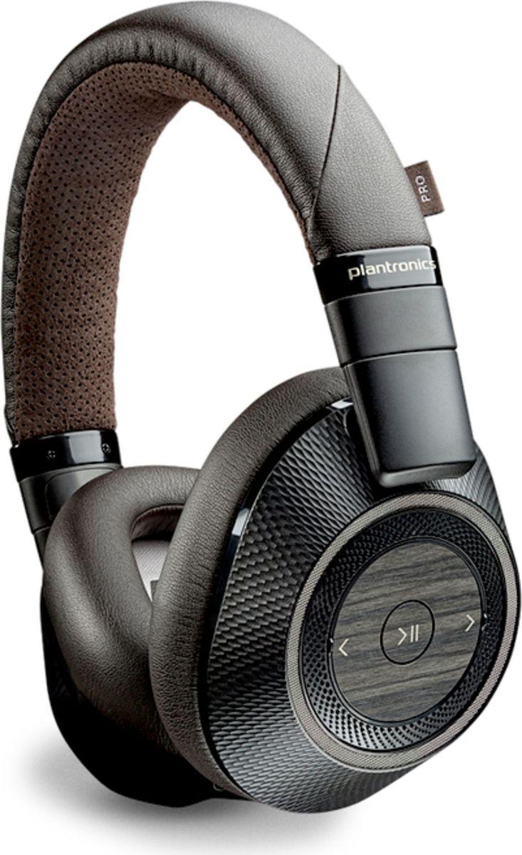 Plantronics Back Beat PRO 2, Black наушники207110-05Беспроводные наушники Plactronics BackBeat PRO 2 с управляемой функцией активного шумоподавления будут наполнять ваши дни музыкой, позволяя наслаждаться свободой беспроводных технологий и объемным звучанием.Вам необходимо остаться в тишине и сосредоточиться? Благодаря управляемой функции активного шумоподавления вы сможете отгородиться от внешнего мира и остаться наедине с самим собой, находясь в людном месте, одним нажатием кнопки. Чтобы прослушивать объявления и разговоры окружающих людей, достаточно включить режим прослушивания окружающих звуков. При снятии наушников датчики Smart Sensor обеспечивают автоматическую приостановку воспроизведения музыки, возобновляя его, когда вы надеваете наушники обратно.При прослушивании музыки или просмотре фильмов вы будете поражены насыщенностью и четкостью звучания, предлагаемого гарнитурой BackBeat PRO 2 и отличающего все устройства компании Plantronics. Гарнитура обеспечивает яркость высоких, естественное звучание средних и удивительную глубину низких частот с минимальными искажениями.Вам требуется мобильность? Гарнитура BackBeat PRO 2 может обеспечивать потоковое воспроизведение звука с устройства с поддержкой Bluetooth класса 1 на расстоянии до 100 метров. Благодаря возможности прослушивания музыки, просмотра фильмов или разговора по телефону до 24 часов без подзарядки аккумулятора вы не заметите, как пройдут тяжелые рабочие дни или длительные бессонные перелеты. Кроме того, поддержка одновременного подключения к двум устройствам позволит вам при необходимости легко переключаться между прослушиванием музыки и разговорами по телефону.Технология Multipoint обеспечивает возможность одновременного подключения к двум устройствам по беспроводному интерфейсу, благодаря чему вы сможете переключаться между прослушиванием музыки или просмотром фильмов на своем планшете и вызовами на смартфоне.