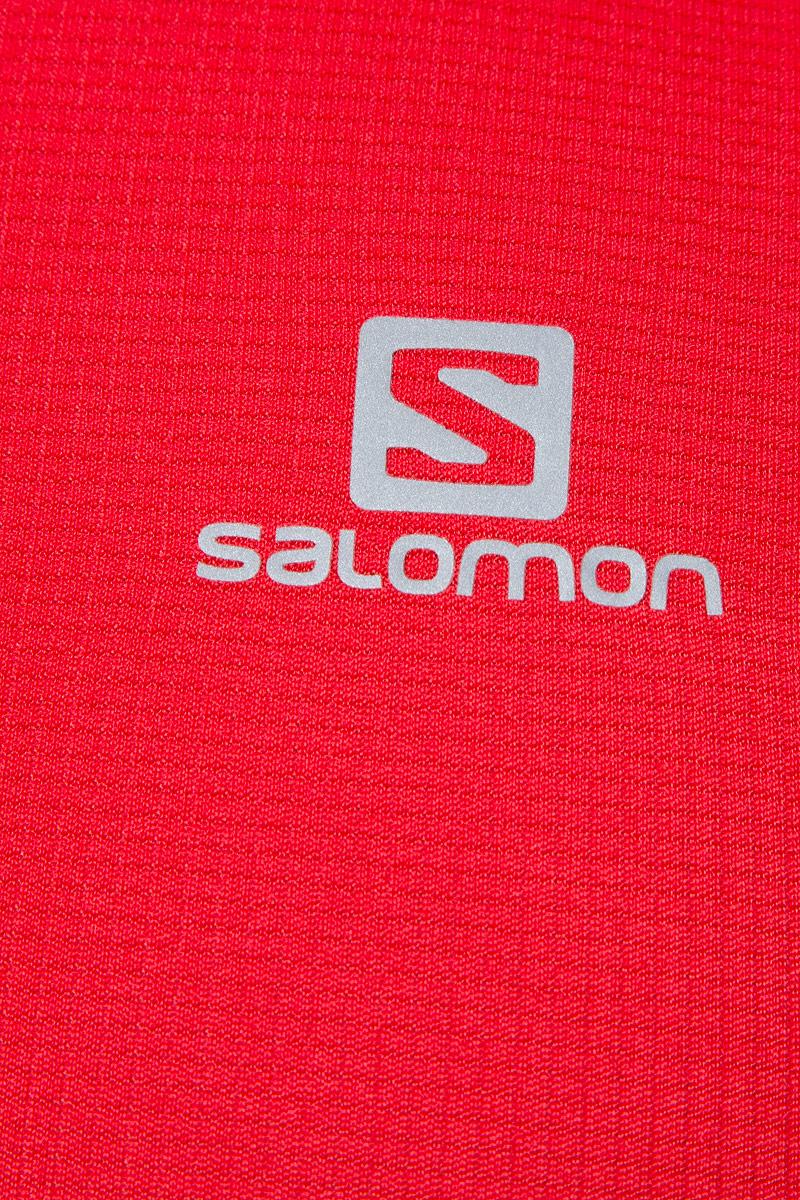 Легкий беговой топ Salomon с сетчатыми вставками по бокам с улучшенной вентиляцией отлично подходит для долгих забегов в жаркую погоду.
