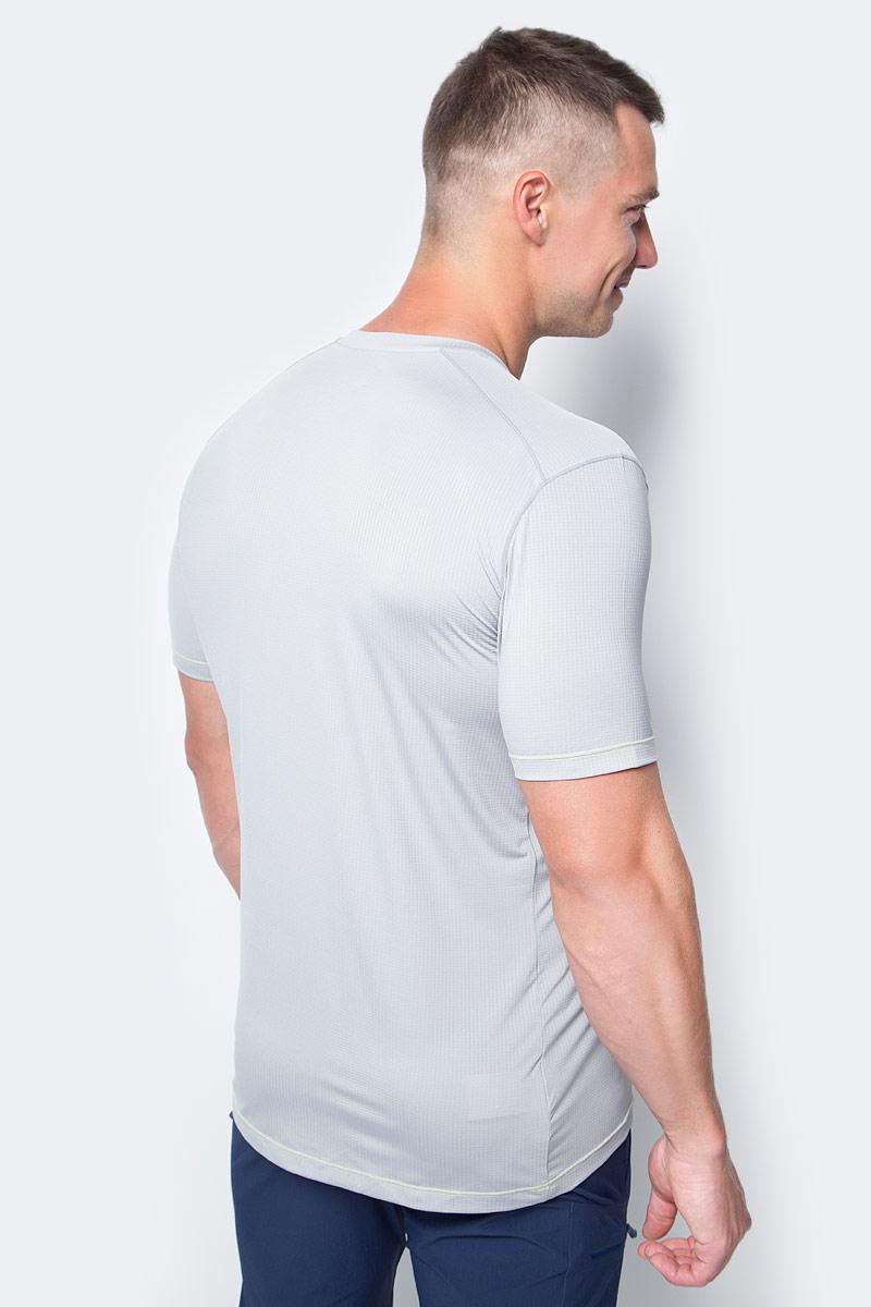 Футболка Cosmic Logo Short Sleeve создана в повседневном стиле, но достаточно функциональной для неожиданных приключений. Модель выполнена с круглой горловиной и короткими рукавами.