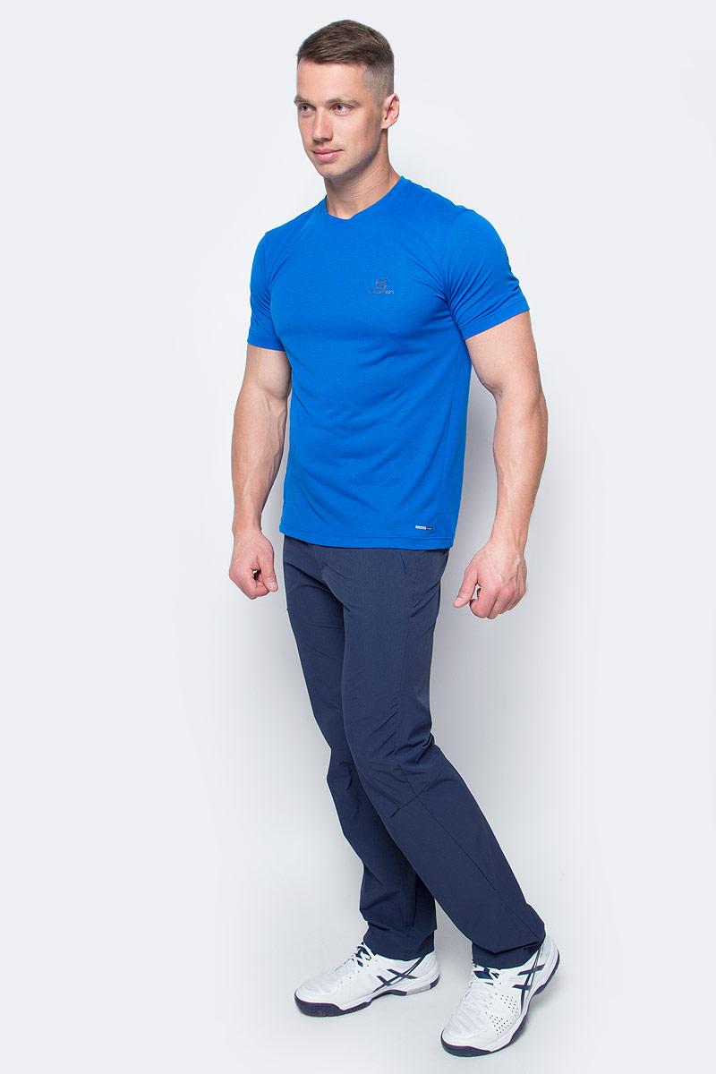 Футболка мужская Salomon Explore Ss Tee, цвет: голубой. L39309200. Размер L (52/54)L39309200Мягкий быстросохнущий полиэстер, из которого изготовлена футболка Salomon, практически не ощущается на теле. Благодаря контрастной вышивке на спине и меланжевой ткани этот предмет гардероба подходит для любого события.