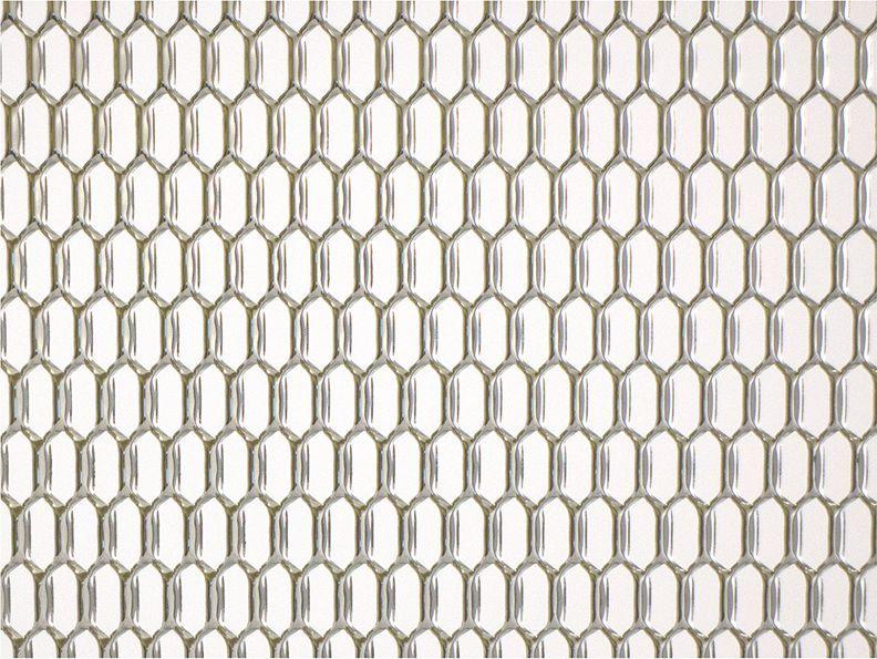 Решетка радиатора декоративная DolleX  Сота , 100 х 40 см, ячейки 20 х 6 мм, цвет: хром - Тюнинг и защита - Защита внешних частей