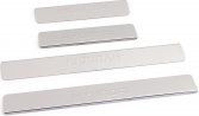 Накладки для порогов DolleX, для Hyundai Solaris (2014-2016), 4 штNPS-053Накладки для порогов DolleX придают автомобилю стильный и неповторимый вид, эффективно защищают пороги от повреждения лакокрасочного покрытия.Отличительные особенности:- Изготовлены из полированной нержавеющей стали,- Толщина стали 0,5 мм,- Стильный внешний вид,- Легкая и быстрая установка,- Крепление лента липкая двухсторонняя.В комплекте 4 накладки (2 передние и 2 задние).Предназначены специально для Hyundai Solaris 2014-2016 года выпуска.Размеры: 45 х 6,1 см - 2 шт, 25 х 6,1 см - 2 шт.