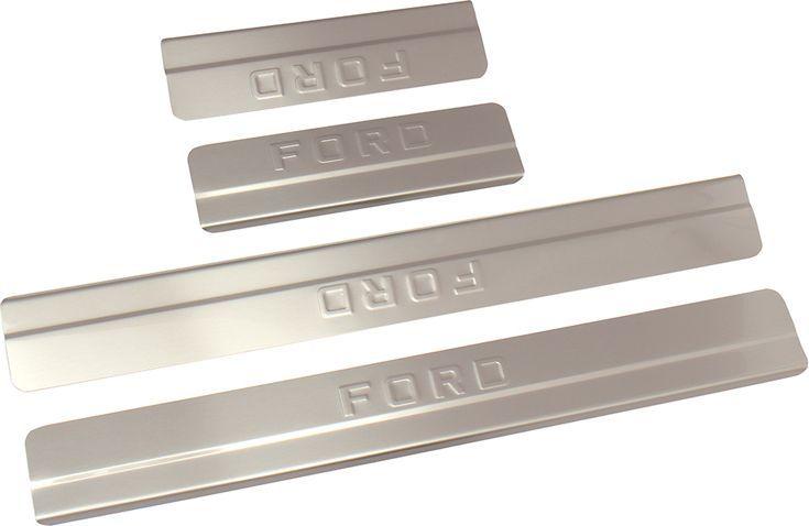 Накладки внутренних порогов DolleX, для Ford Focus III ( до 2015), ступенчатые, 4 штNSI-003Накладки внутренних порогов DolleX придают автомобилю стильный и неповторимый вид, эффективно защищают пороги от повреждения лакокрасочного покрытия. Подходят для Ford Focus III до 2015 года выпуска.Отличительные особенности:- Полностью повторяет геометрию порога;- Полированная нержавеющая сталь;- Толщина стали 0,5 мм.;- Стильный внешний вид;- Легкая и быстрая установка;- Крепление - лента липкая двухсторонняя.Комплект: размер 500х59 мм - 2 шт.размер 220х59 мм - 2 шт.