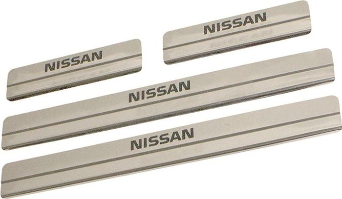 Накладки внутренних порогов DolleX, для Nissan Sentra (2016), ступенчатые, 4 штNSK-001Накладки внутренних порогов DolleX (ступенчатые) придают автомобилю стильный и неповторимый вид, эффективно защищают пороги от повреждения лакокрасочного покрытия. Подходят для Nissan Sentra 2016 года выпуска и выше. На накладках присутствует штамп Nissan.Отличительные особенности:- Полностью повторяет геометрию порога;- Полированная нержавеющая сталь;- Толщина стали 0,5 мм.;- Стильный внешний вид;- Легкая и быстрая установка;- Крепление - лента липкая двухсторонняя.Комплект: размер 500х59 мм - 2 шт.размер 220х59 мм - 2 шт.