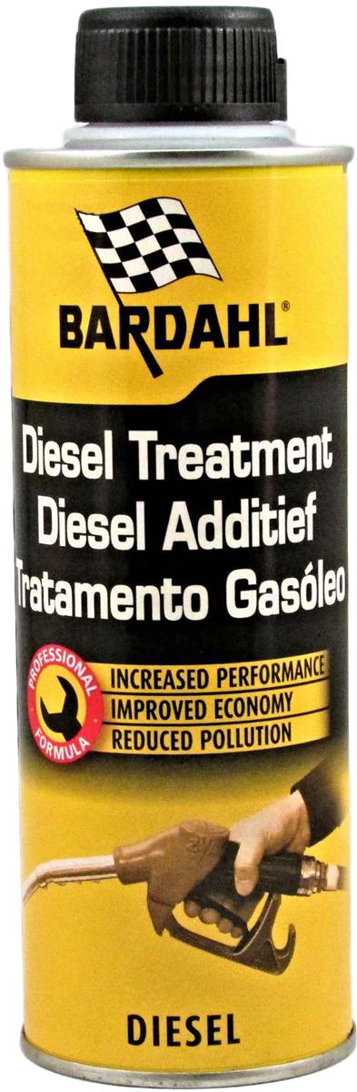 Присадка топливная Bardahl Diesel Treatment, для дизельных двигателей, 300 мл13102Концентрированная присадка для улучшения дизельного топлива Bardahl Diesel Treatment специально разработана как профилактическое средство, которое можно использовать в течение всего срока эксплуатации автомобиля, с целью избежать потери мощности двигателя из-за засорения или износа элементов топливной системы. Эффективно воздействующая на различные компоненты системы впрыска и цилиндропоршневой группы: - Смазывает верхнюю часть цилиндров и поршневых колец, компенсируя малое содержание серы в современном дизельном топливе. - Снижает нагарообразование на выпускных клапанах, предохраняет седло клапана от преждевременного износа. - Устраняет детонацию и самовоспламенение, способствует более мягкой работе двигателя, уменьшению шумности его работы, облегчает воспламенение топливной смеси. - Повышает производительность, мощностьи приемистость двигателя. - Связывает и выводит воду из топлива, тем самым предотвращает заедание и заклинивание форсунок и топливного насоса. - Снижает предельную температуру фильтруемости дизельного топлива на 7 С (тест IFP № 74709), температуру помутнения (NF-T60105) и температуру застывания в зимний период. - Облегчает холодный запуск при низкой температуре. - Сокращает расход топлива до 5%. - Очищает, защищает и поддерживает топливную систему в чистоте. - Уменьшает количество и токсичность выхлопных газов. Подходит для всех типов старых и новых дизельных двигателей (HDI, TDI, Common Rail, насос-форсунка, и т.д.), с противосажевым фильтром и без. Не ограничивает режимы эксплуатации двигателя. Рекомендовано крупнейшими автопроизводителями. 1 флакон на 80 литров топлива.