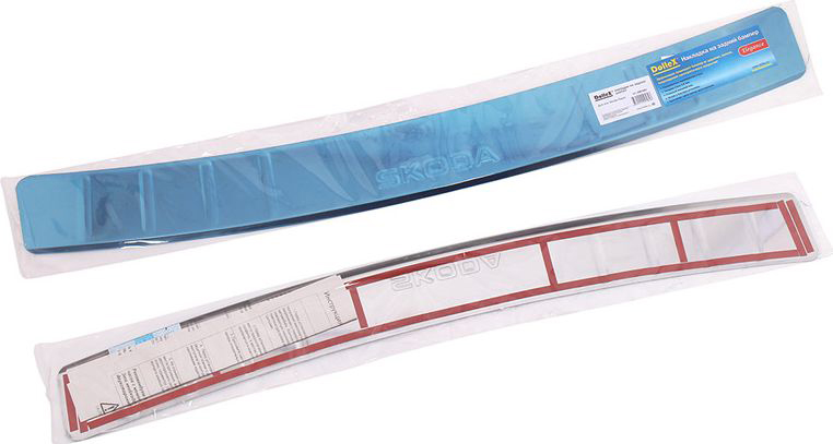 Накладка бампера декоративная DolleX, для Skoda RapidNBI-043Накладка бампера декоративная DolleX придает автомобилю стильный и неповторимый вид, эффективно защищает бампер от повреждения лакокрасочного покрытия.Подходит для Skoda Rapid. На накладке присутствует штамп Skoda.Отличительные особенности:- Полированная нержавеющая сталь;- Толщина стали 0,5 мм.;- Стильный внешний вид;- Легкая и быстрая установка;- Крепление - лента липкая двухсторонняя.