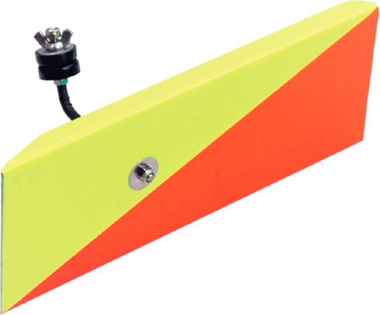 Планер Blind Metal Planer, правый, цвет: желтый, BLD-12039Планер Blind Metal Planer BLD-12039 - деталь, которая выдерживает даже крупные воблеры. Рыболовная снасть окрашена прочной водостойкой и ударопрочной эмалью. Изготовлен планер из ударопрочного материала и отводит приманку от лодки на 5-10 метров, что позволяет использовать большее количество снастей и существенно расширить зону ловли.Материал: металл