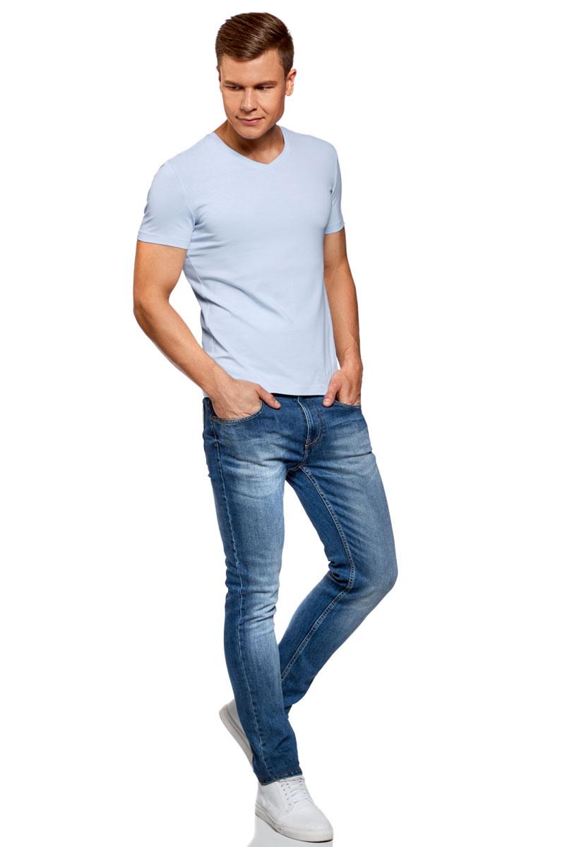 Футболка мужская oodji Basic, цвет: бледно-голубой. 5B612002M/46737N/7000N. Размер XL (56)5B612002M/46737N/7000NБазовая футболка с V-образным вырезом горловины и короткими рукавами выполнена из эластичного хлопка.