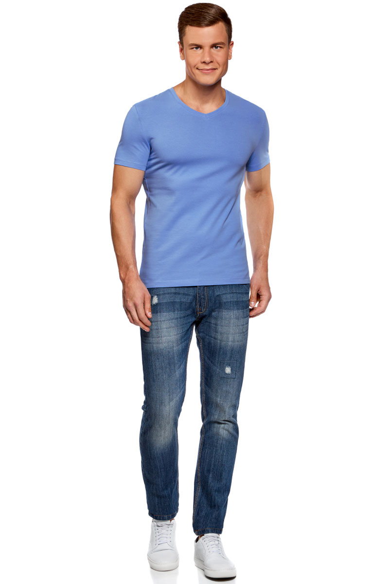 Футболка мужская oodji Basic, цвет: голубой. 5B612002M/46737N/7500N. Размер XS (44)5B612002M/46737N/7500NБазовая футболка с V-образным вырезом горловины и короткими рукавами выполнена из эластичного хлопка.
