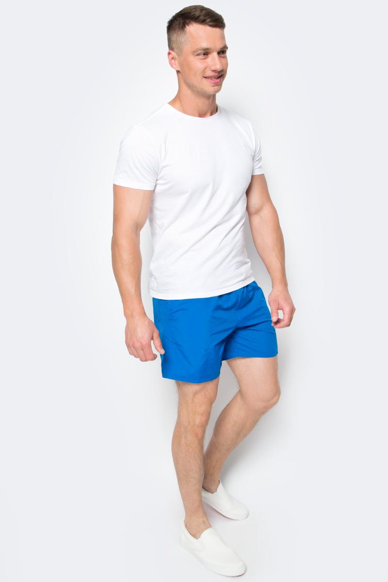 Шорты для плавания мужские Speedo Scope 16 Watershort, цвет: голубой. 8-01320B446-B446. Размер XXL (54/56)8-01320B446-B446Мужские шорты для плавания Speedo Scope 16 Watershort изготовлены из быстросохнущего материала. Легкая и прочная ткань со специальной обработкой позволяет шортам быстро высыхать после намокания, не сковывает свободу движений. Материал с бархатистым эффектом имеет приятные тактильные свойства. Сетчатая несъемная вставка в виде трусов-слипов обеспечивает необходимую циркуляцию воздуха. Эластичный пояс со скрытым затягивающимся шнурком позволяет отрегулировать посадку точно по фигуре. По бокам расположены два прорезных кармана, подкладка которых выполнена из сетки, сзади - один накладной карман с клапаном на липучке. На карманах предусмотрена система слива воды. Изделие оформлено принтовой надписью, содержащей название бренда. Такие шорты - идеальный выбор для отдыха, купания и активных игр на пляже. В них вы всегда будете чувствовать себя уверенно и комфортно!