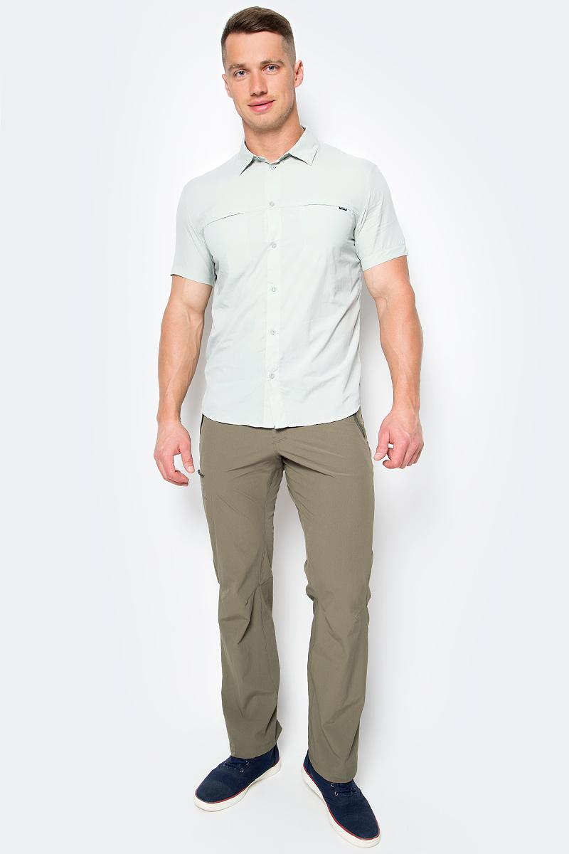 Рубашка мужская Salomon Radiant Ss Shirt M, цвет: светло-серый. L39314800. Размер XL (56/58)L39314800Рубашка мужская Salomon выполнена с короткими рукавами и застегивается на пуговицы. Ультралегкий тканный нейлон, защита от УФ-излучения, вентиляция на спине в зоне лопаток и компактность. Эта мягкая и компактно складывающаяся рубашка просто создана для повседневной носки в жарком климате.