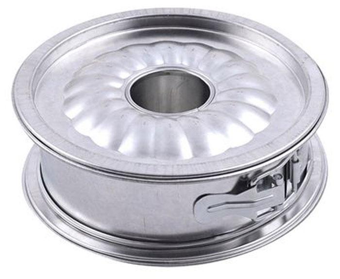 Форма для выпечки кексов и тортов Мультидом, разъемная. Диаметр 17,5 смDH8-65Кулинарные формы Мультидом - удобное и незаменимое приспособление для любителей выпечки. Форма имеет разъемный механизм и съемное дно, поэтому вынимать из нее готовую выпечку очень легко и удобно. Форма состоит из трех частей, меняя дно формы вы сможете испечь либо простой корж, либо кекс. Таким образом эта форма является универсальной, сможет стать вашим незаменимым помощником на кухне или отличным подарком для друзей и близких.Очень проста в использовании: необходимо лишь вставить форму в желаемое дно и залить или выложить в нее тесто. Выпекать в соответствии с вашим рецептом. После использования легко и быстро моется. Подходит для использования в духовках. Не подходит для использования в СВЧ.Можно мыть в посудомоечной машине.Изготовлено из луженой стали.Диаметр: 16,5 см. Высота 5 см.