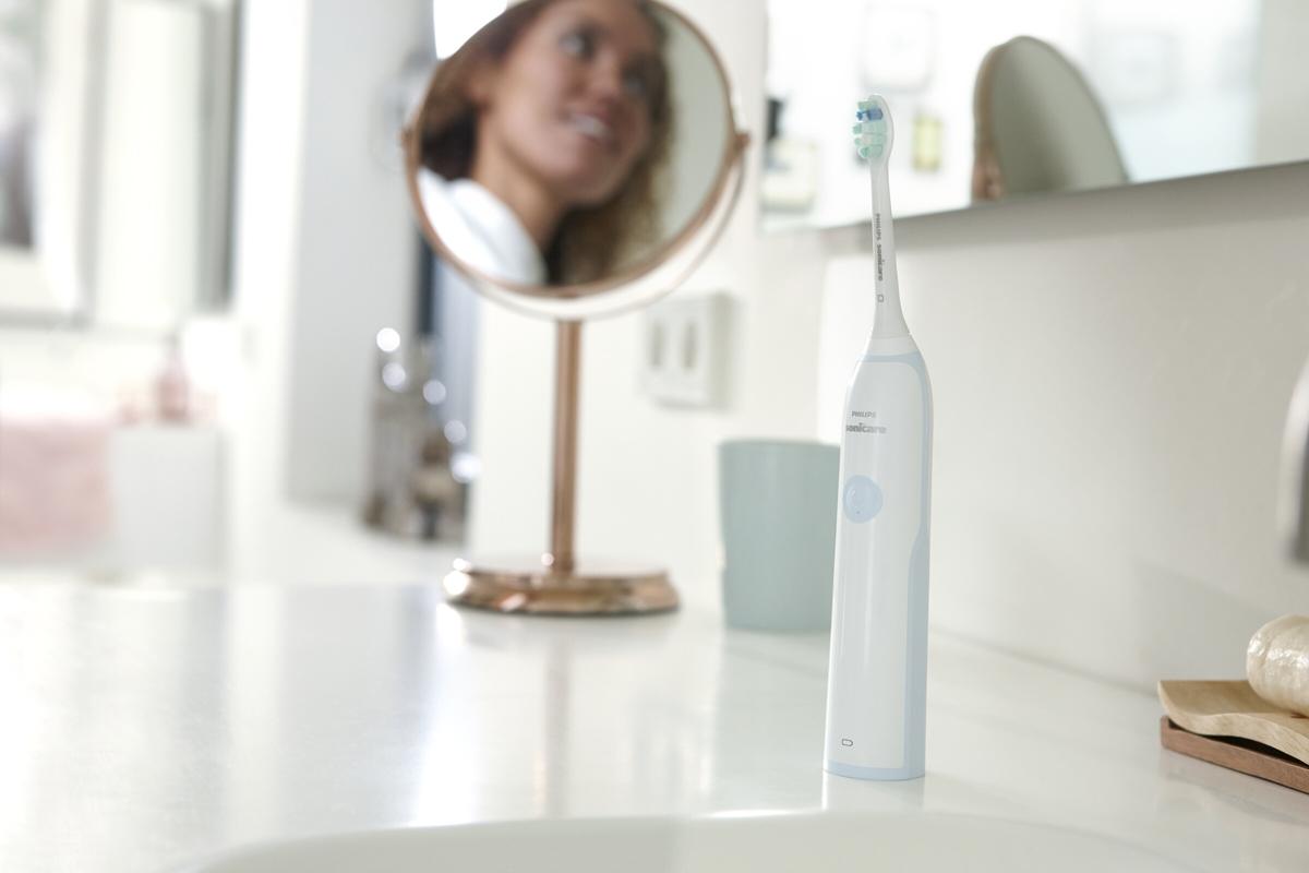 Philips CleanCare+ HX3212/03звуковая зубная щетка Philips