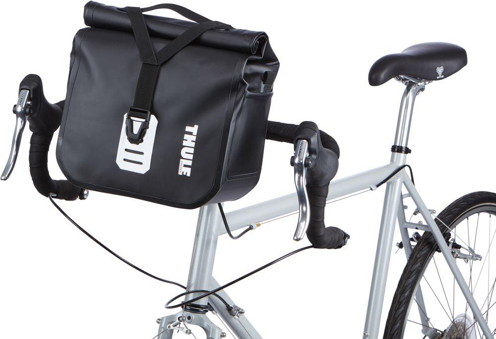 """Велосипедная сумка Thule """"Shield"""" выполнена из высококачественного прочного  материала. В ней можно перевозить инструменты, ключи и другие небольшие  личные вещи."""