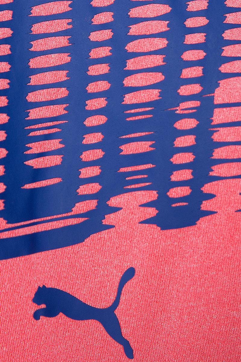 """Футболка Run S/S Tee изготовлена с использованием высокофункциональной технологии dryCELL, которая отводит влагу, поддерживает тело сухим и гарантирует комфорт во время активных тренировок и занятий спортом. Плоские швы не натирают кожу и обеспечивают непревзойденный комфорт. Логотип и другие декоративные элементы из светоотражающего материала позаботятся о вашей безопасности в темное время суток. Спереди на груди футболка украшена ярким графическим рисунком с надписью """"RUN""""."""
