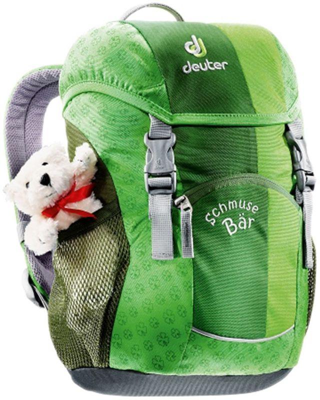 Deuter Рюкзак Schmusebar цвет зеленый36003-2004Рюкзаки Deuter - это настоящие хиты для детского сада, школы или походных приключений. Оригинальные вышивки, цветные набивные рисунки - есть от чего загореться глазам любого ребенка! Рюкзак Deuter Schmusebar рассчитан на детей от трех лет, плюшевый мишка прилагается.Рюкзак имеет удобную мягкую спинку, S-образные плечевые лямки с мягкими краями, нагрудный ремень. По бокам изделия находятся два сетчатых кармана. Рюкзак имеет одно отделение, внутри которого находится именная бирка. Отражатели 3М располагаются спереди и на переднем кармане для повышения безопасности. У рюкзака удобные для детей застежки.