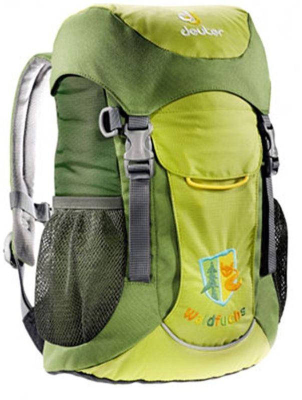 Deuter Рюкзак Waldfuchs цвет зеленый36031-2040Рюкзак Deuter Waldfuchs имеет удобную мягкую спинку и плечевые лямки с мягкими краями.Рюкзак имеет съемный коврик для сидения во время перекуса, одновременно он усиливает спинку рюкзака. Внутреннее отделение с застежкой Velcro рассчитано для разных полезных вещей, передний карман с застежкой Velcro можно открывать, не снимая рукавичек. Внутри отделения находятся карман на молнии для ключей и именная бирка. D-образные кольца, находящиеся на фронтальной части, предназначены для трофеев, имеется отделение для мокрых вещей. В каждый из боковых сетчатых карманов помещается фляга емкостью 0,5 литра.