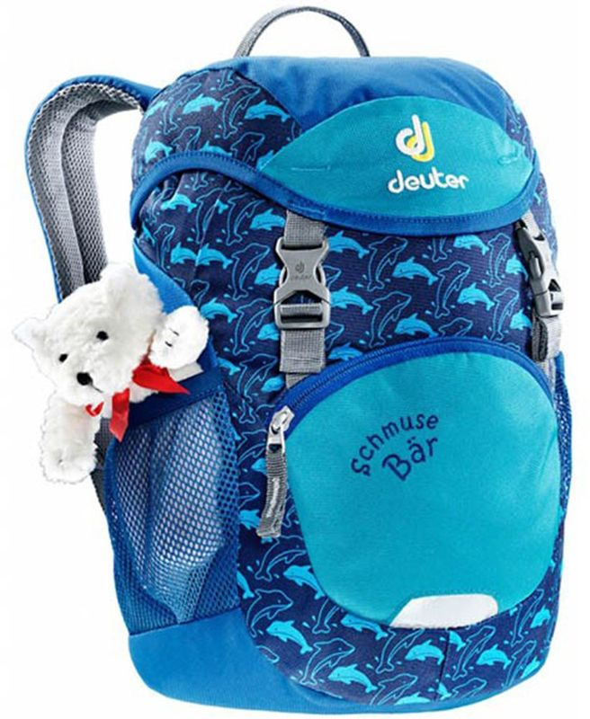 Deuter Рюкзак дошкольный Schmusebar цвет синий3612017-3080Рюкзаки Deuter - это настоящие хиты для детского сада, школы или походных приключений. Оригинальные вышивки, цветные набивные рисунки - есть от чего загореться глазам любого ребенка! Рюкзак Deuter Schmusebar рассчитан на детей от трех лет, плюшевый мишка прилагается.Рюкзак имеет удобную мягкую спинку, S-образные плечевые лямки с мягкими краями, нагрудный ремень. По бокам изделия находятся два сетчатых кармана. Рюкзак имеет одно отделение, внутри которого находится именная бирка. Отражатели 3М располагаются спереди и на переднем кармане для повышения безопасности. У рюкзака удобные для детей замки и пряжки.