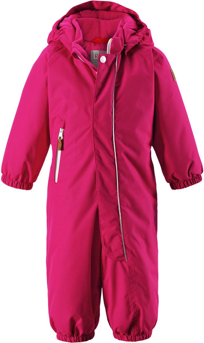Комбинезон детский Reima Reimatec Puhuri, цвет: розовый. 5102623560. Размер 865102623560Отличный зимний комбинезон от Reima для малышей! Основные швы комбинезона проклеены, а сам он изготовлен из водо- и ветронепроницаемого, грязеотталкивающего материала. Утепленная задняя часть обеспечит дополнительное утепление во время игр в снегу. Гладкая подкладка и длинная молния облегчают надевание, а талия в комбинезоне регулируется. Маленький карман на молнии надежно сохранит все сокровища.Средняя степень утепления.