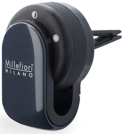 Ароматизатор в авто Millefiori Milano GO Белый мускус / White Musk13GO11MBАроматизатор в авто Millefiori Milano GO наполнит ваш автомобиль неповторимым ароматом. Ароматизатор произведен из натуральных компонентов и является образцом качественного и безопасного продукта. Ароматическая капсула, с возможностью регулировки интенсивности аромата и сменными блоками, легко крепится на панель благодаря функциональным клипсам. Авто ароматизатор прослужит вам около 4-х недель. Каждое путешествие имеет свою атмосферу с Millefiori Go.Описание ароматической композиции: пудровые ноты белого букета цветов, посыпанного ванилью.Базовые ноты: Ландыш, Цикламен, Белый Мускус, Цветы апельсина.Средние ноты: Гвоздика, Белый мускус, Африканская герань, Анис.Верхние ноты: Флорентийский ирис, Американский кедр, Ваниль, Ягоды из Мадагаскара, Бобы Тонка.Товар сертифицирован.