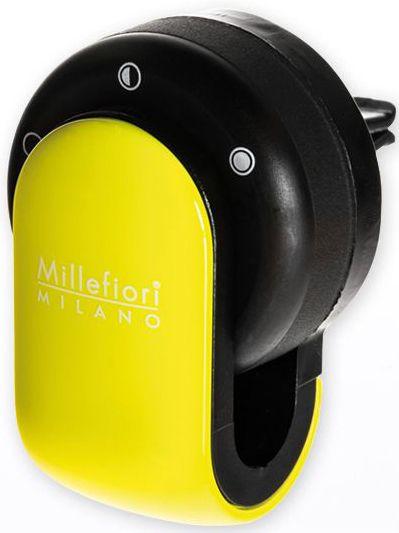 Ароматизатор в авто Millefiori Milano GO Сандал и бергамот, цвет: лимонный, черный13GO13Ароматизатор в авто Millefiori Milano GO наполнит ваш автомобиль неповторимым ароматом. Ароматизатор произведен из натуральных компонентов и является образцом качественного и безопасного продукта. Ароматическая капсула, с возможностью регулировки интенсивности аромата и сменными блоками, легко крепится на панель благодаря функциональным клипсам. Авто ароматизатор прослужит вам около 4-х недель. Каждое путешествие имеет свою атмосферу с Millefiori Go.Описание ароматической композиции: аромат сандалового дерева с нотами цитрусовых и лаванды.Базовые ноты: Лаванда, Грейпфрут, Бергамот, Лимон Сицилии.Средние ноты: Красные фрукты, Мирт, Кориандр, Жасмин.Верхние ноты: Гваяковое дерево, Мисор Сандал, Пачули, Ваниль.Товар сертифицирован.