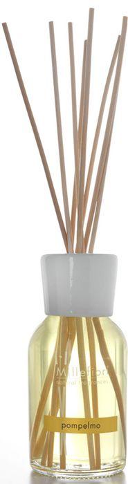 Диффузор ароматический Millefiori Milano Natural Грейпфрут / Pompelmo, 250 мл7DDPOАроматический диффузор Millefiori Milano Natural наполнит ваш дом неповторимым ароматом грейпфрута. Ароматизатор произведен из натуральных компонентов и является образцом качественного и безопасного продукта для дома. Ароматический диффузор с палочками - это простое, изящное и долговременное решение, как наполнить дом или офис приятным запахом. Просто поместите ротанговые палочки в емкость с ароматической жидкостью. Степень интенсивности запаха может регулироваться объемом ароматической жидкости и количеством палочек. Диффузор - это не просто освежитель воздуха, а элемент декора, который окутает вас своим приятным и нежным ароматом.Описание ароматической композиции: цитрусовые нота цедры сицилийского грейпфрута.Базовые ноты: Апельсин, Петигрен, Грейпфрут, Лимон Сицилии, Бархатцы.Средние ноты: Лаванда, Герань, Роза, Фиалка, Цикламен.Верхние ноты: Синтетический мускус, Бобы Тонка. Товар сертифицирован.