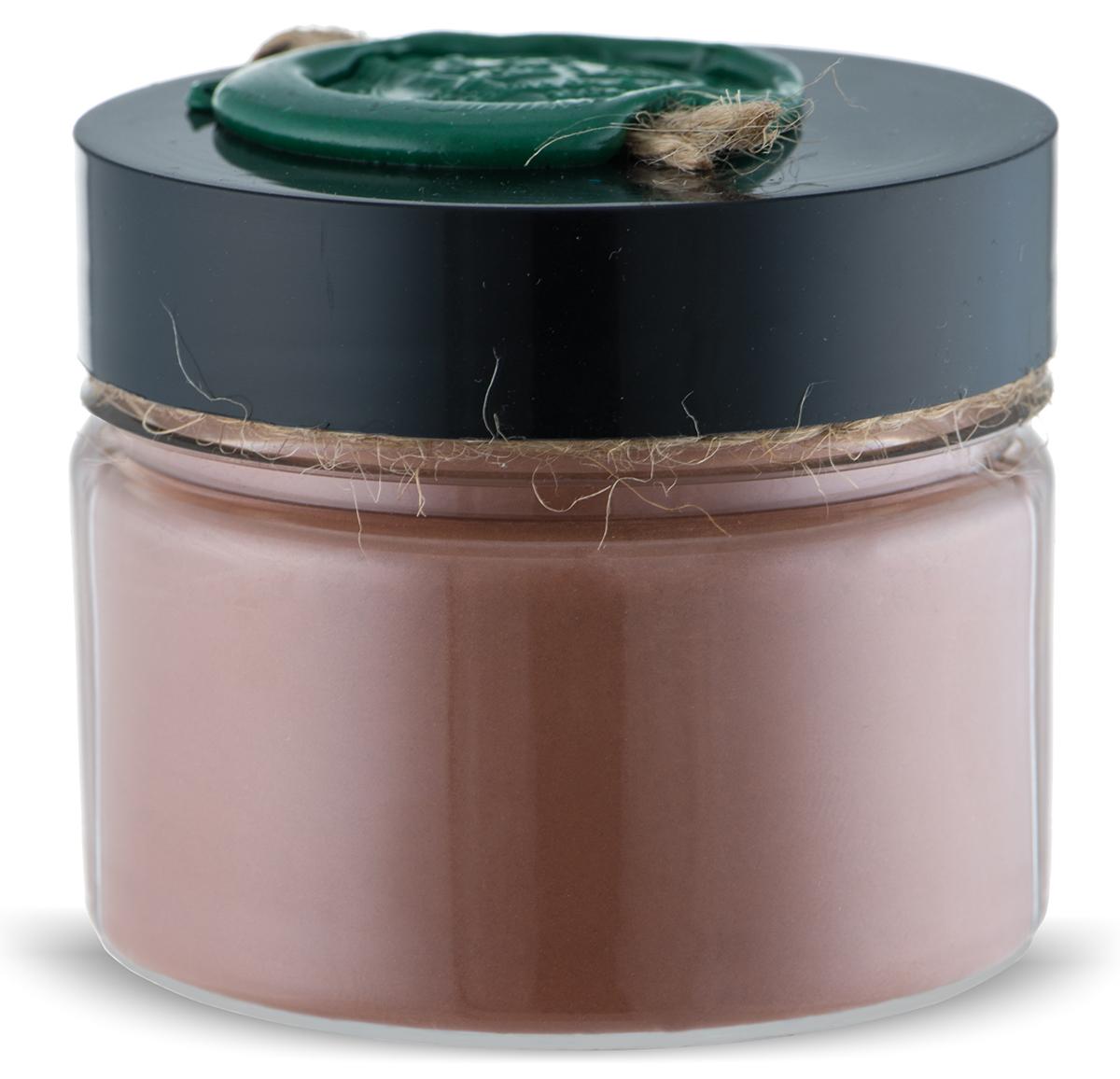 Huilargan Марокканская глина Гассул красная, 100 г2990000004611Марокканская глина гассул Huilargan – это 100% чистый и натуральный продукт, богатый железом и микроэлементами. Марокканская глина гассул активно используется в СПА процедурах для грязевых ванн и обертывания. Гассул является также идеальной маской для жирной кожи и волос. Используется как шампунь или очень мягкое мыло, так как обладает очищающим и смягчающим свойствами, впитывает излишки кожного сала. Не содержит поверхностно-активных веществ и не разрушает защитную пленку кожи или защитную оболочку волос. - Глина 100% натуральная, богатая железом и микроэлементами; - идеальное средство для ухода за чувствительной кожей; - используется как шампунь или очень мягкое мыло; - сильные абсорбирующие и адсорбирующие свойства; - глубоко и бережно очищает; - впитывает излишки кожного сала и регулирует его секрецию; - тонизирует и сужает поры; - гипоаллергенна, поэтому подходит для всех типов кожи, даже для самой чувствительной; - оживляет кожу и волосы; - обладает противоотечным и смягчающим действием; - помогает избавиться от перхоти. Рецепты: Маска для сухой кожи Для этого рецепта вам понадобится: - 2 столовые ложки глины гассул; - 3-4 чайных ложки воды цветков апельсина (можно использовать минеральную воду); - 1 столовая ложка арганового масла. Хорошо перемешайте все компоненты до образования густой однородной пасты. Нанесите маску на кожу лица, избегая чувствительной области вокруг глаз. Оставьте на 15 минут.Смойте маску теплой водой.Маска для жирной кожи Аналогично маски для сухой кожи, просто замените аргановое масло лимонным соком.Маска для жирных волос Для этого рецепта вам понадобится: - 2 столовые ложки глины гассул; - теплая вода; - лимонный сок. Смешайте глину гассул с теплой водой (смесь должна иметь вязкость как шампунь). Нанесите по всей длине волос и на кожу головы и помассируйте.Оставьте маску на пятнадцать минут. Затем тщательно промойте волосы водой, добавив лимонный сок в последнюю воду для оп