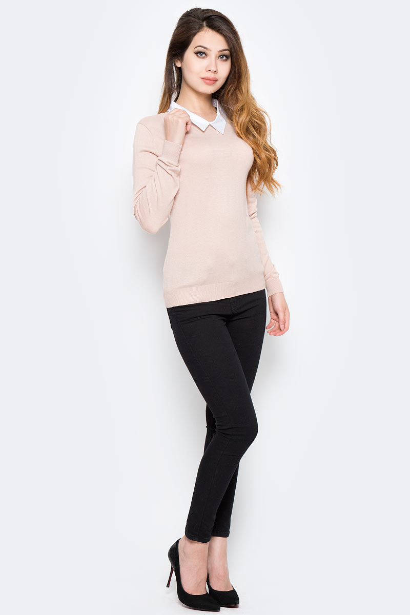 Джемпер женский Sela, цвет: розовый. JR-114/2057-7320. Размер XL (50)JR-114/2057-7320Оригинальный женский джемпер Sela станет отличным дополнением к гардеробу каждой модницы. Модель прямого кроя с длинными рукавами изготовлена из качественного трикотажа мелкой вязки и дополнена контрастным отложным воротничком. Спинка оформлена вырезом-капелькой. Манжеты рукавов и низ изделия связаны широкой резинкой. Модель подойдет для офиса, прогулок и дружеских встреч, будет отлично сочетаться с джинсами и брюками, а также гармонично смотреться с юбками. Мягкая ткань хорошо тянется и приятна на ощупь.