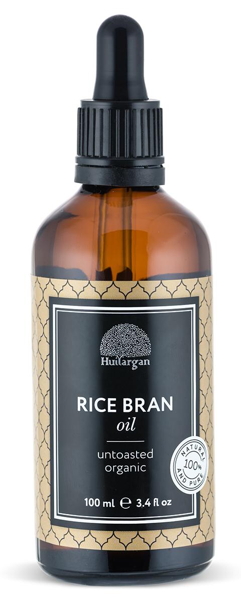 Huilargan Рисовые отруби масло, 100 мл2000000009131Масло рисовых отрубей это уникальный продукт рекомендован для сухой и увядающей кожи. Благодаря глубокому проникновению в кожу, рисовое масло быстро впитывается и попадает в нижние слои эпидермиса. Оно провоцирует выработку эластина и гиалуроновой кислоты; разглаживает уже имеющиеся морщины и не позволяет им закладываться в будущем; выравнивает рельеф, улучшает цвет лица. Благодаря мягкому воздействию и отсутствию аллергенов в составе, продукт используется для ухода за нежной кожей вокруг глаз. Масло питает кожу век, подтягивает ее, разглаживает мелкие морщины и препятствует отечности. Масло рисовых отрубей способствует активизации замерших волосяных луковиц и укреплению корней волос. Также эффективно для устранения перхоти, успокоит раздражение, нормализует жирность кожи головы, поможет справиться с секущимися кончиками.