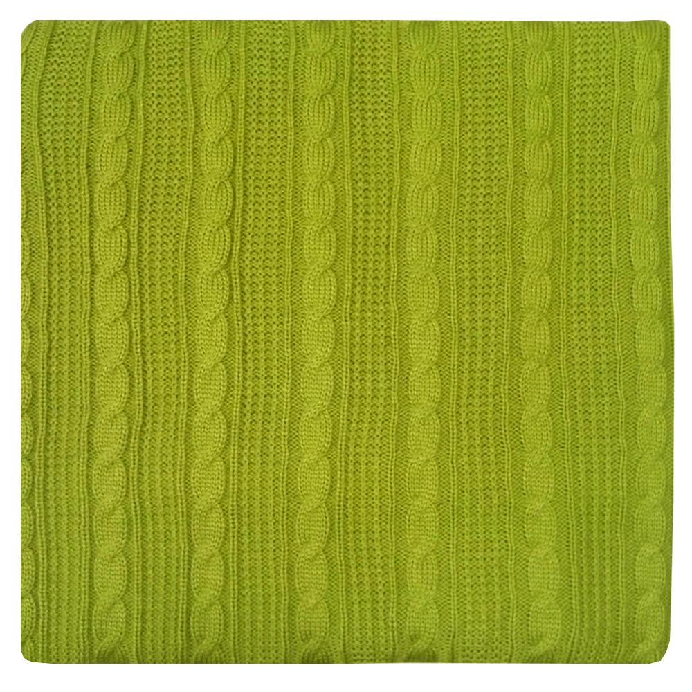 Плед Apolena, цвет: оливковый, 130 х 180 см87-V080/1Плед Apolena выполнен из мягкой объемной пряжи, обеспечивающей хорошую теплозащиту и комфорт. Высокое качество материала гарантирует отсутствие пиллинга при правильном уходе. Вязаный плед используется в качестве шали или накидки на односпальную кровать, диван или кресло. В плед можно укутаться, а также использовать в качестве декоративного элемента оформления интерьера. Вязаный плед пригодится в любое время года.Изделие дополнено модным рисунком косичка. Удобство, комфорт, стиль и экологичность в одном предмете.