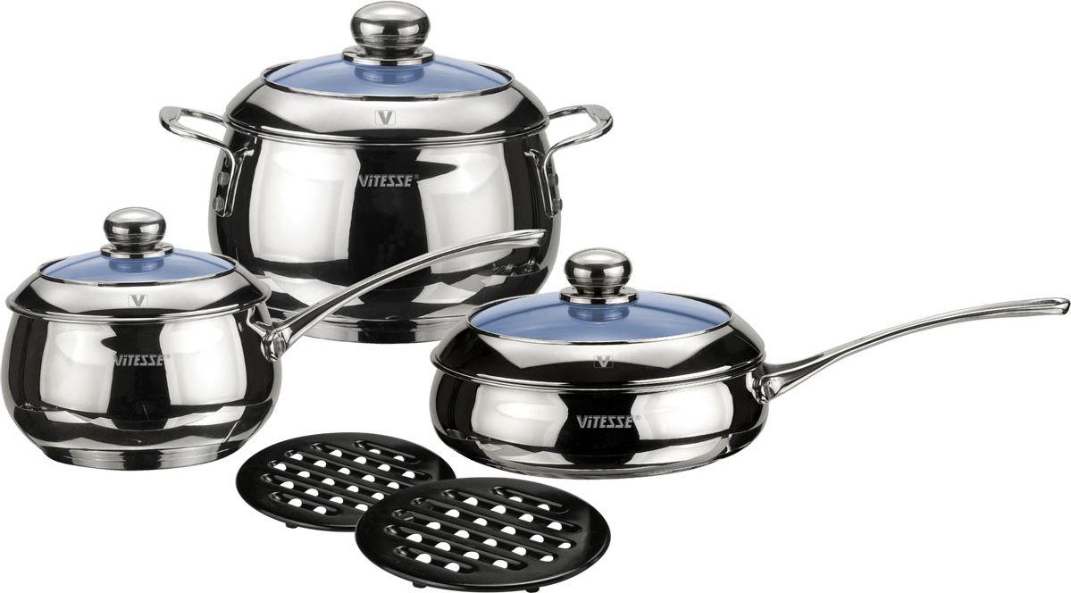 Набор посуды Vitesse Liane, 8 предметовVS-1011Набор посуды Vitesse Liane, изготовленный из нержавеющей стали, состоит из кастрюли с крышкой, сотейника с крышкой, сковороды с крышкой, 2 черных бакелитовых подставок. Многослойное термоаккумулирующеедно предметов с прослойкой из алюминия обеспечивает равномерное распределение тепла. На внутренней стороне кастрюли и сковородки имеется шкала литража, что обеспечивает дополнительное удобство при приготовлении пищи. Прозрачные крышки, выполненные из термостойкого стекла позволяют следить за процессом приготовления, а литые ручки, крепящиеся к корпусу посуды заклепками, обеспечивают удобство при эксплуатации.Форма кромки посуды предотвращает разливание жидкости, а благодаря правильности линий кромки в комбинации с крышкой обеспечивается максимальная герметизация между ними. Две прочные бакелитовые подставки на низких ножках позволят разместить кастрюлю или сковородку в удобном для вас месте.Набор подходит для газовых, электрических, индукционных и стеклокерамических плит и пригоден для мытья в посудомоечной машине. Характеристики: Материал:нержавеющая сталь 18/10, бакелит. Диаметр кастрюли: 20 см. Высота стенки кастрюли:12,5 см. Объем кастрюли:3,9 см. Диаметр сотейника:16 см. Высота стенки сотейника:10,5 см. Объем сотейника:2 л. Диаметр сковороды:24 см.Диаметр диска сковороды:21,5 см. Высота стенки сковороды:7 см. Объем сковороды:2,9 л. Диаметр подставки:17 см. Размер упаковки:45,5 см x 26 см x 18,5 см. Изготовитель: Китай. Артикул: VS-1011.Кухонная посуда марки Vitesseиз нержавеющей стали 18/10 предоставит вам все необходимое для получения удовольствия от приготовления пищи и принесет радость от его результатов. Посуда Vitesse обладает выдающимися функциональными свойствами. Легкие в уходе кастрюли и сковородки имеют плотно закрывающиеся крышки, которые дают возможность готовить с малым количеством воды и экономией энергии, и идеально подходят для всех видов плит: газовых, электрических, стеклокерамических и индукционных. 