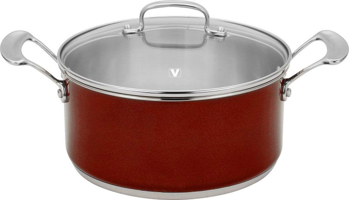 Кастрюля Fiorenza, цвет: бордовый, 5,2 лVS-1492-redКастрюля Fiorenza изготовлена из высококачественной нержавеющей стали 18/10. Многослойное термоаккумулирующее дно кастрюли с прослойкой из алюминия обеспечивает наилучшее распределение тепла. На внутренней стороне имеется шкала литража, что обеспечивает дополнительное удобство при приготовлении пищи. Прозрачная крышка, выполненная из термостойкого стекла с клапаном для выпуска пара, позволяет следить за процессом приготовления пищи, а литые ручки, крепящиеся к корпусу кастрюли заклепками, обеспечивают удобство при эксплуатации.Форма кромки кастрюли предотвращает разливание жидкости, а благодаря правильности линий кромки в комбинации с крышкой обеспечивается максимальная герметизация между ними. Наружная поверхность кастрюли отделана серебристо-бордовым полиэстеровым покрытием, что придает ей нотки благородности и изысканности.Кастрюля подходит для газовых, электрических и стеклокерамических плит и пригодна для мытья в посудомоечной машине. Характеристики: Высота стенки кастрюли: 12 см. Диаметр кастрюли (без учета ручек): 25 см. Объем:5,2 л. Материал:нержавеющая сталь 18/10. Толщина стенок:0,6 мм.Артикул:1492. Кухонная посуда марки Vitesseиз нержавеющей стали 18/10 предоставит Вам все необходимое для получения удовольствия от приготовления пищи и принесет радость от его результатов. Посуда Vitesse обладает выдающимися функциональными свойствами. Легкие в уходе кастрюли и сковородки имеют плотно закрывающиеся крышки, которые дают возможность готовить с малым количеством воды и экономией энергии, и идеально подходят для всех видов плит: газовых, электрических, стеклокерамических и индукционных. Конструкция дна посуды гарантирует быстрое поглощение тепла, его равномерное распределение и сохранение. Великолепно отполированная поверхность, а также многочисленные конструктивные новшества, заложенные во все изделия Vitesse, позволит Вам открыть новые горизонты приготовления уже знакомых блюд. Для производства посуды Vitesse